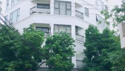 Bán tòa nhà căn hộ dịch vụ tại Võ Chí Công, 190m2, 7 tầng, cho thuê giá cao