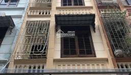 Cho thuê nhà đẹp đủ đồ ngay mặt phố Nguyễn Tuân, DT48m2, 4 tầng, MT4m, T1 thông, 5PN, ô tô đỗ cửa