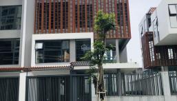 Cho thuê căn biệt thự góc The Golden Star Quận 7, thiết kế theo ý muốn khách thuê, tiện kinh doanh