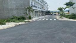 Đất đẹp ngay trung tâm TP. Thuận An chỉ 985TR có ngay nền 100m2, vuông vức, SHR, LH: 0907801763