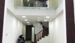 Bán nhà xây mới 6 tầng trên phố Đền Lừ, DT 50m2, có thang máy, thiết kế hiện đại, KD sầm uất