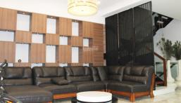 Cho thuê biệt thự song lập 4 phòng ngủ, đủ đồ đẹp gần BIS tại Vinhomes Riverside. Lh: 0906288866