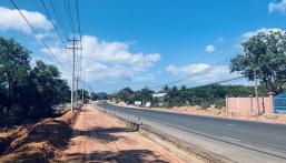 Chính chủ cần bán đất công mặt đường Dương Đông - Cửa Cạn