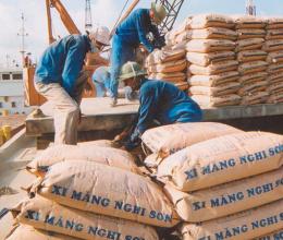 Thị trường xi măng tháng 7: Tiêu thụ nội địa giảm nhẹ, xuất khẩu bứt phá