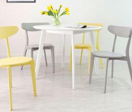 Những mẫu bàn ghế ăn đơn giản cho không gian hiện đại