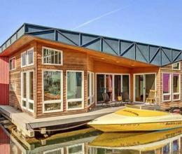 Chiêm ngưỡng ngôi nhà nổi độc đáo trên mặt hồ