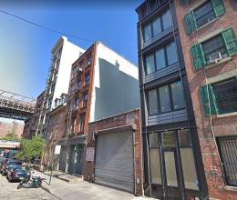 Choáng với nhà phố nhỏ hẹp rộng 3m rao bán giá 116 tỷ