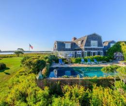 Điểm danh 10 dinh thự đắt nhất tại Hamptons Mỹ được bán trong năm 2018