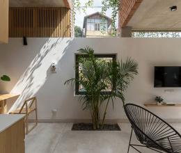 Ngắm ngôi nhà phố thoáng mát lấy cảm hứng từ nhà cổ Hà Nội