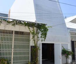 Ngôi nhà nhỏ ở Nha Trang gây ấn tượng với thiết kế đặc biệt
