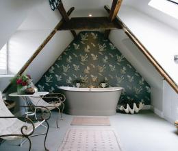 Phòng tắm gác mái, ý tưởng vừa độc vừa đẹp
