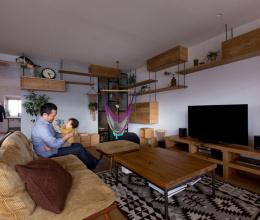 Không gian ấm áp trong căn hộ 85m2 của gia đình trẻ Nhật Bản