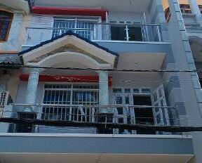 Bán gấp nhà mới đẹp gần Trường Chinh và Trần Thái Tông, 4.2x20m, đúc 3 tấm, hẻm 7m, 0923489222