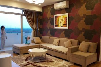 Cho thuê Garden Court, nhà rất đẹp, nội thất cao cấp, view công viên và hồ Bán Nguyệt. Giá 27 tr/th