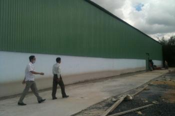 Cho thuê nhà xưởng đường Quốc Lộ 13, Thuận An, Bình Dương. DT: 2000m2 giá 80tr/th, LH: 0908.561.228