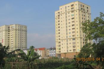 Bán căn hộ tầng 12 tòa nhà 282 Lĩnh Nam, DT: 93m2, sổ đỏ chính chủ. Giá: 15,5 triệu/m2