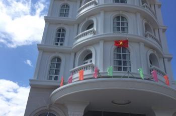 Chuyên bán khách sạn Golden Bay, D17 - 27,28, D16 - 32, 33, 34 giá 12tr (giá gốc). LH 0933112820.