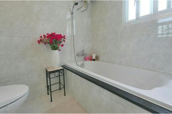 Cho thuê Sky Garden 2 DT 81m2, 2PN 2WC lầu 15 giá 14 triệu nhà đẹp đầy đủ nội thất, LH 0935 047 286