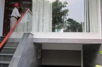 Cho thuê nhà nguyên căn mặt tiền đường số KDC Him Lam, 5x20m, hầm, trệt, 3 lầu, giá 40 triệu/tháng