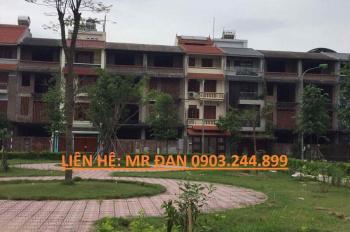 Chính chủ bán nhà vườn 108m2 hoàn thiện đẹp khu tc5 , hướng đb, sđcc, giá: 7 tỷ. LH:0903244899