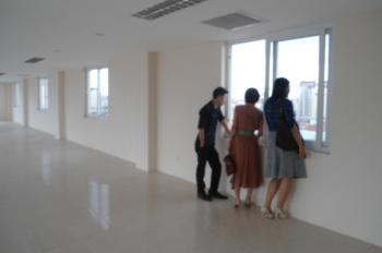 Cho thuê văn phòng khu hồ Trúc Bạch, Ba Đình 70m2 và 120m2, 380m2, giá 180 nghìn/m2/tháng