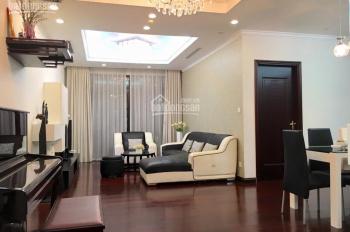 Cần bán gấp căn 2 ngủ sáng hoa hậu Royal City 0946053050, 0944266333