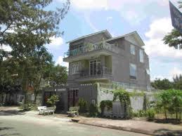 Cho thuê biệt thự Sadeco Phước Kiển đường Lê Văn Lương, DT 300m2 4PN 3WC, nội thất cao cấp