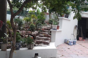 Cho thuê biệt thự sân vườn 4 tầng diện tích 600m2 mặt tiền 20m, Tô Ngọc Vân, Tây Hồ