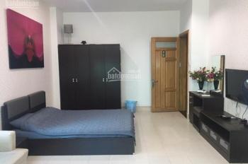 Cho thuê căn hộ có bếp tại Trần Bình Trọng, góc Hùng Vương, Quận 5, giáp Q 1,3, giá 8 triệu/tháng