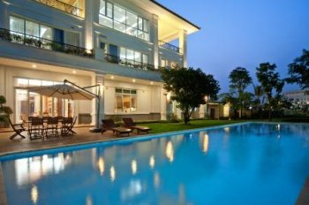 Cho thuê biệt thự Phú Mỹ Hưng, Quận 7, hồ bơi riêng, nhà đẹp giá tốt, call 0977771919