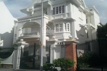 Cho thuê nhà biệt thự Ngân Long nằm MT đường Nguyễn Hữu Thọ, DT 10m x 20m, 3 tầng 500m2 giá 40tr/th