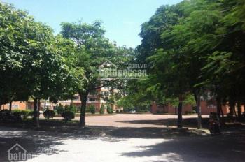 Chính chủ cần bán biệt thự Văn Quán hoàn thiện đẹp, cách hồ 80m, DT 210m2, giá: 20 tỷ. 0903491385