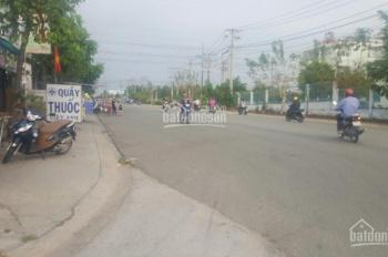 Bán nhà mặt phố 3 lầu, dân cư sầm uất, KD ngay đối diện KCN Mỹ Phước. Sổ hồng thổ cư