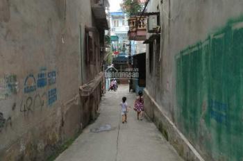 Cần bán nhà sổ đỏ chính chủ gần đầu cầu cứng khu vực tổ 2 phường Đồng Tiến, TP. Hòa Bình