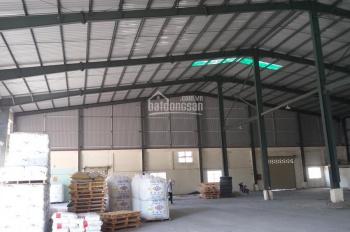 Cần cho thuê kho xưởng 750 m2 và 1300m2  ngay Quốc Lộ 1A cont ra vào thoải mái không cấm giờ
