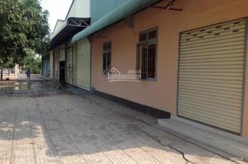 Cho thuê nhà xưởng mặt đường Lê Thị Riêng, Quận 12, DT: 600m2, giá 30 triệu/tháng, 0944.977.229
