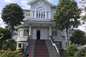 Bán gấp biệt thự quận Ô Môn - TP. Cần Thơ, nội thất đẹp, đồ gỗ sang trọng. LH: 0932031111