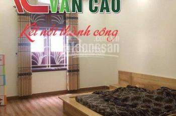 Cho thuê nhà 4 tầng đẹp, 6 phòng ngủ tại Văn Cao để ở và làm văn phòng: 0931.58.9696