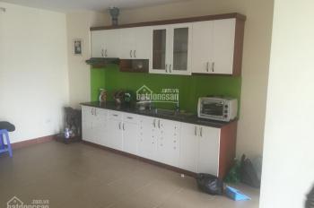 Nhà em cần bán căn hộ 56m2, 2PN, 1WC nhà mới đẹp sổ đỏ chính chủ, giá 920 tr. Chị Linh 0979441985