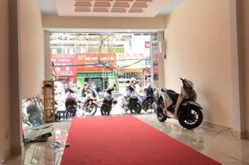 Cho thuê nhà MT Nguyễn Đình Chiểu, gần Cao Thắng, Q. 3, DT 5x20m, trệt, 3 lầu, giá 35 triệu/tháng