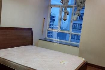 Mình cần tìm người thuê lại 1 phòng có ban công riêng trong phòng giá 4tr, LH :0932119224