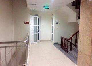 Chính chủ cho thuê văn phòng Dt 35m2 - 60m2, giá từ 6,5 - 10tr/th mặt phố Nguyễn Công Hoan
