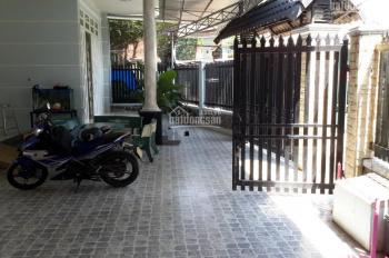 Bán nhà biệt thự KDC Mỹ Phước 3, TP Bình Dương. DTKV 11mx20m= 220m2, nhà xây 1 trệt, 1 lầu