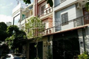 30 căn nhà trệt, 3 lầu, sân xe hơi, giá từ 4.5 tỷ, đủ mọi hướng, đường Phạm Văn Đồng, H. Bình Chánh