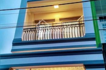 Nhà đẹp 1 trệt, 2 lầu mới xây xong đường Bưng Ông Thoàn, Phú Hữu, Q9, gần khu biệt thự Villa Park