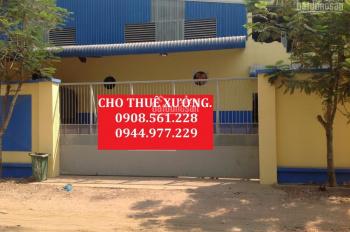 Cho thuê nhà xưởng DT: 1000m2, giá 30 tr/tháng, Tân Uyên, Bình Dương. LH: 0908.561.228