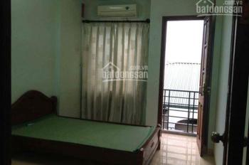 Cho thuê nhà 2 tầng, ở mặt ngõ Hào Nam
