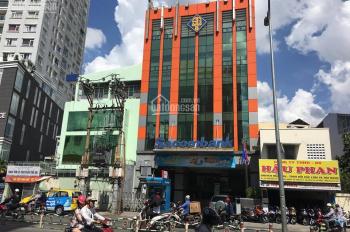 Chính chủ cho thuê 03 căn nhà liền kề ngay ngã tư Lê Văn Việt, quận 9, ngay khúc sầm uất đông người