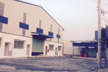 Cho thuê kho xưởng đường Quốc Lộ 1A, DT: 3600m2, giá 210 triệu/tháng. LH: 0915 715203