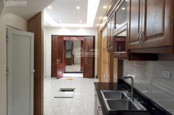 Bán nhà phố Trích Sài, Tây Hồ, DT 55m2 x 5 tầng, nhà xây mới, lô góc ô tô vào nhà, giá 7,5 tỷ
